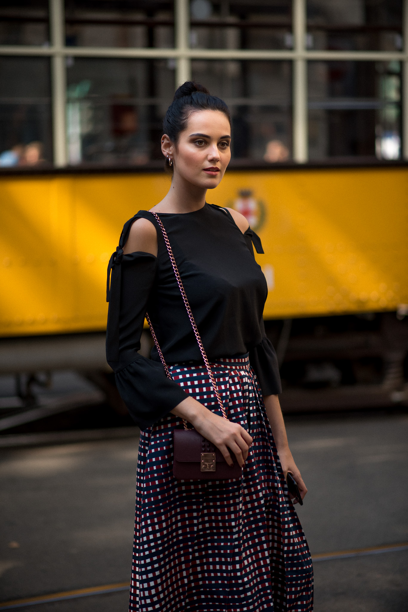 catherine-poulain_dolce-gabbana_milan-fashion-week_sept-2016_www-annikasomething-com-5
