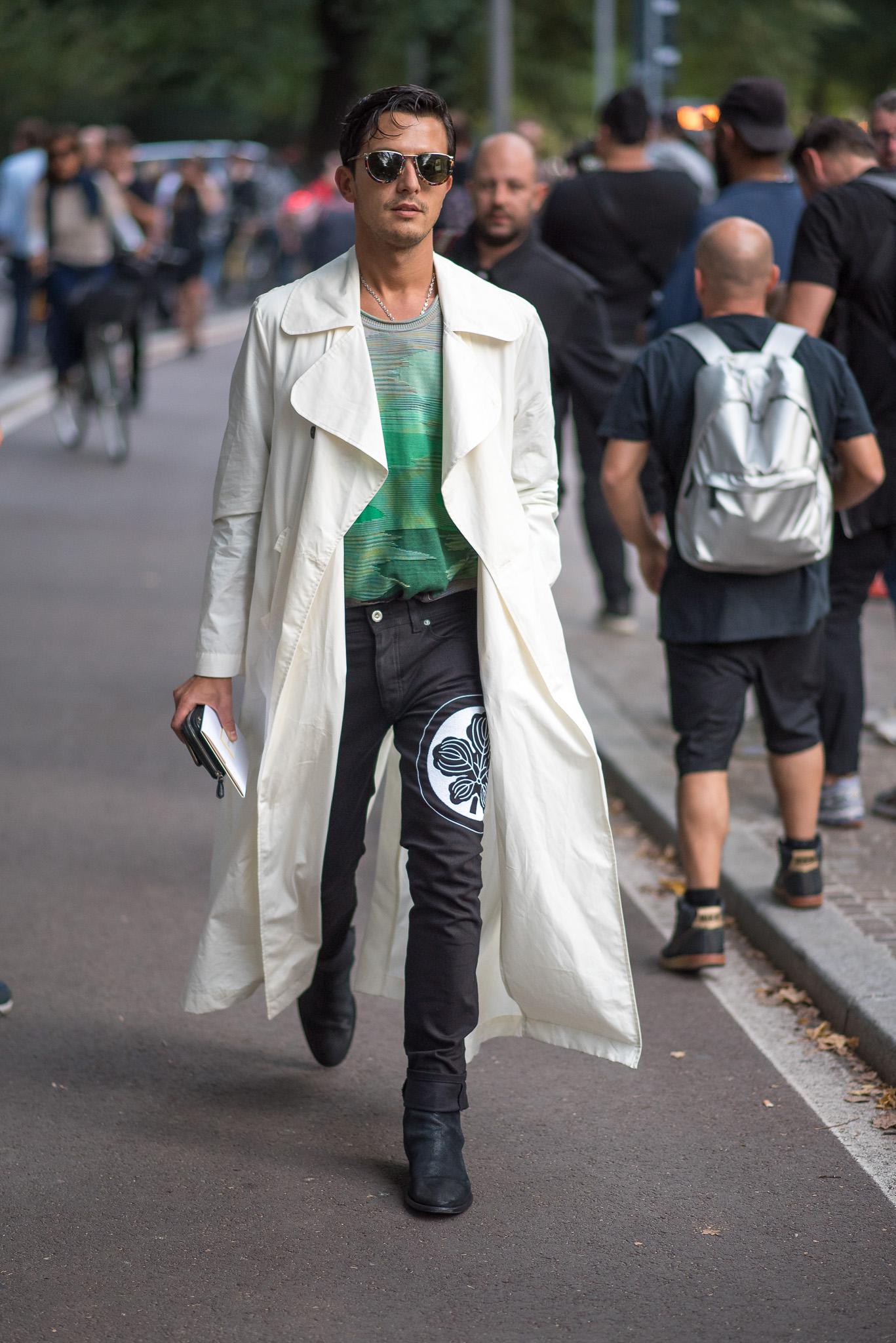Alessandro Enriquez Versace MFW September 2017 Photography Annika Lagerqvist www.annikasomething.com